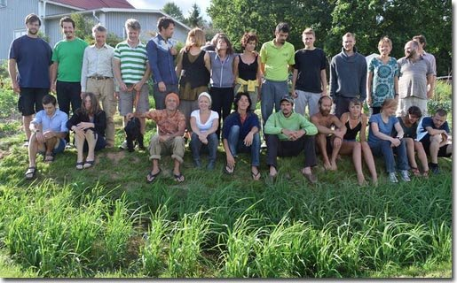 Setting-Permaculture-Farm-group2-1