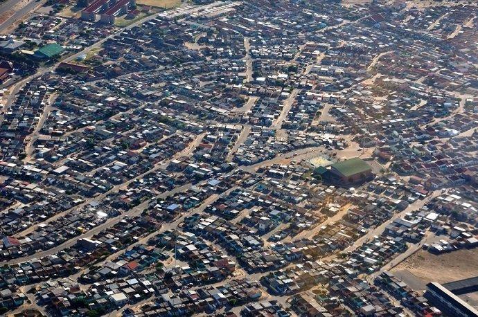 Image Attribution: Crossroads, Near Cape Town: Hansueli Krapf BY CC 3.0