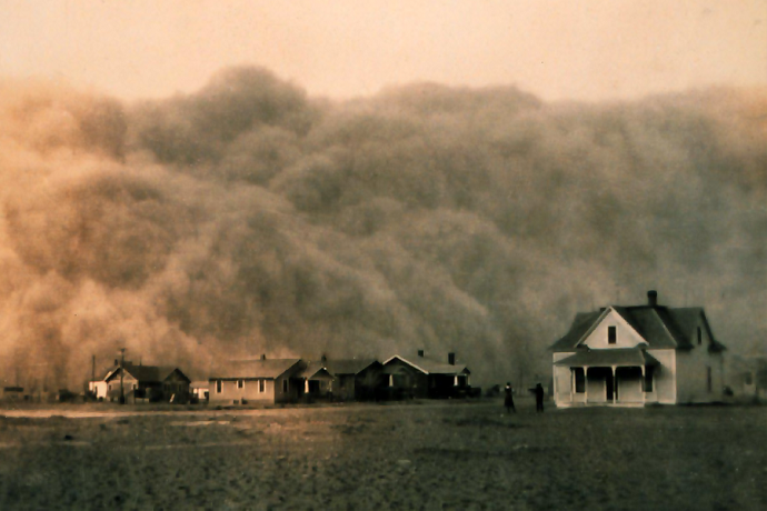 A dust storm approaches Stratford, Texas: George E. Marsh: Public Domain