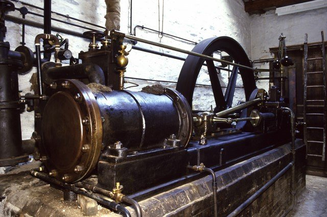 Old English Mill Engine: Chris Allen: CC 2.0