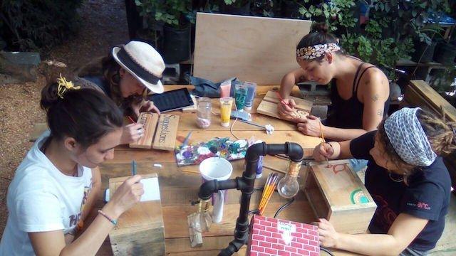 Volunteers Painting at Caoba