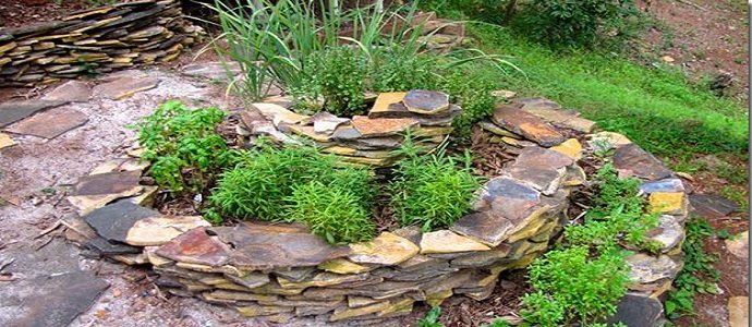 Best 20 Herb Garden Design 2017: Why Your Garden Needs A Herb Spiral Design Solution